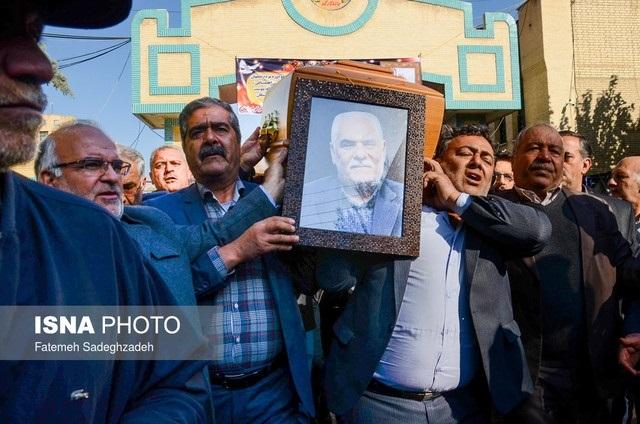 هتک حرمت خانواده شهدا در اصفهان+فیلم