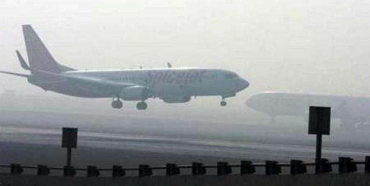 لحظات نفس گیر همراه با ترس و وحشت مسافران در آسمان/ پرواز بوشهر بسلامت در مهرآباد نشست+عکس