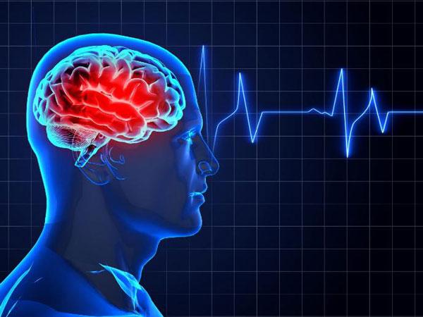 اعزام بیمار سکته مغزی بعد از ۱۰ ساعت برای سی تی اسکن!
