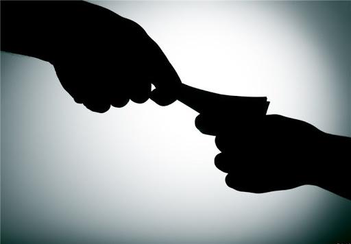 برخی از نمونههای قابلذکر فساد در نظام اداری/ واژههای ؛ پارتیبازی اختلاس، رشوه و رانت و رانتخواری زمینخواری، سندسازی برای املاک بلاصاحب،و تبانی و استفاده از شاهد جعلی توسط برخی از وکلا ...