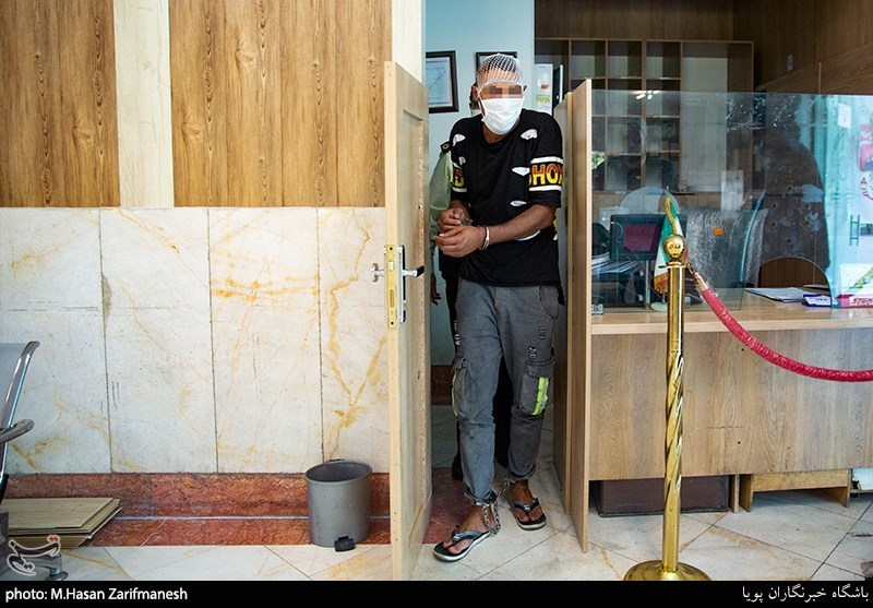 عکس دستگیری عامل شهادت گروهبانیکم حامد ضابط مامور ناجا