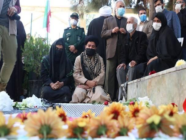 خون شهدا در رگهای ایران جاری شد/ اشتیاق فراگیر مردم برای بدرقه مدافعان حرم