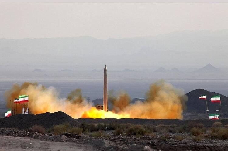 یک دستاورد جدید دفاعی/ تجهیز «قیام» به مهمات ویژه برای مقابله با پایگاههای هوایی دشمن/ امکان نصب «کلاهک بارشی» روی موشکهای کروز ایرانی هم فراهم شد+عکس