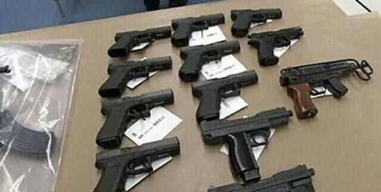 گزارش تصویری از جزئیات کشف محموله سلاحهای مخصوص ترور در آستانه انتخابات