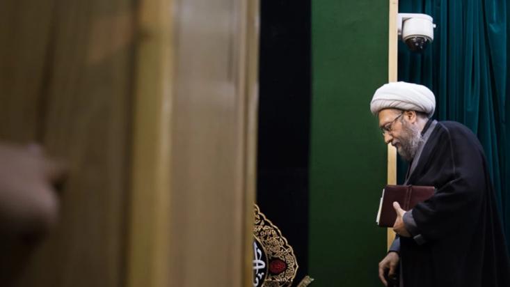 خدشه در روایت آملی لاریجانی از جلسه شورای نگهبان/ اتهام دستکاری گزارشات از سوی یک عضو شورا صحت ندارد