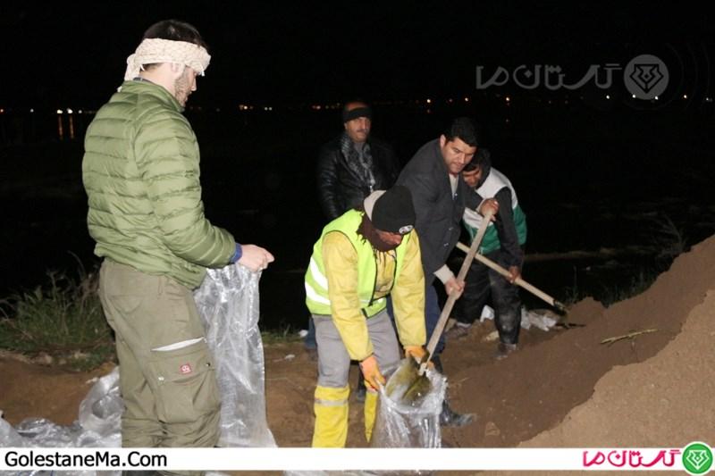 استحکام بخشی به سیل بندها توسط نیروهای جهادی و نظامی در آق قلا